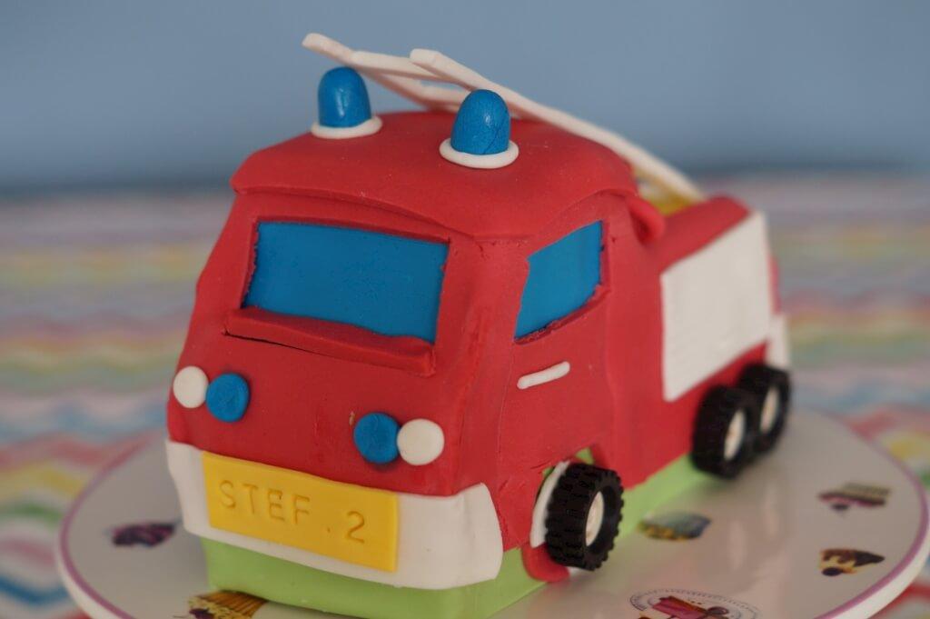 Brandweerautotaart met ladder
